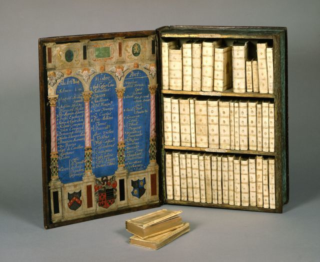 Travelling library of Sir Julias Caesar from Strawberry Hill, acquired in 1757 by Horace Walpole. Photography courtesy of British Library.