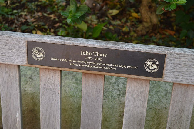 Morse actor John Thaw is one of several people to be commemorated in the gardens of 'actor's church' St Paul's Covent Garden. Image by M@.