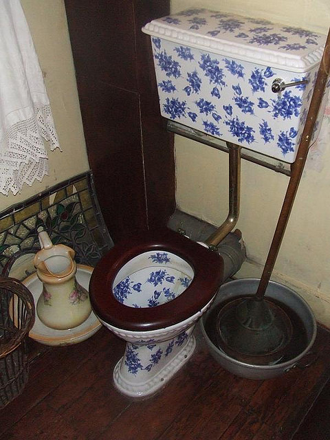 "Sherlock Holmes's toilet, as pictured at his titular museum. ""The Adventure of the Second Stain""? Photo by M@."