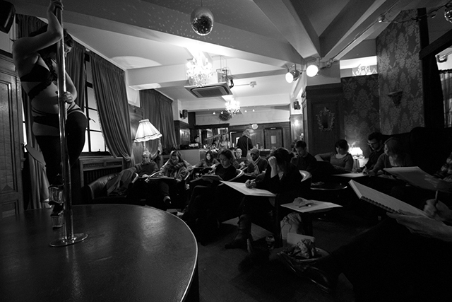 Burlesque life drawing's a thing now - if you head to Shoreditch. (Photo by Anslem Burnette.)