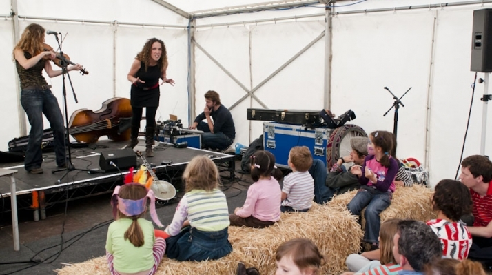 Music workshop at Spitalfields City Farm