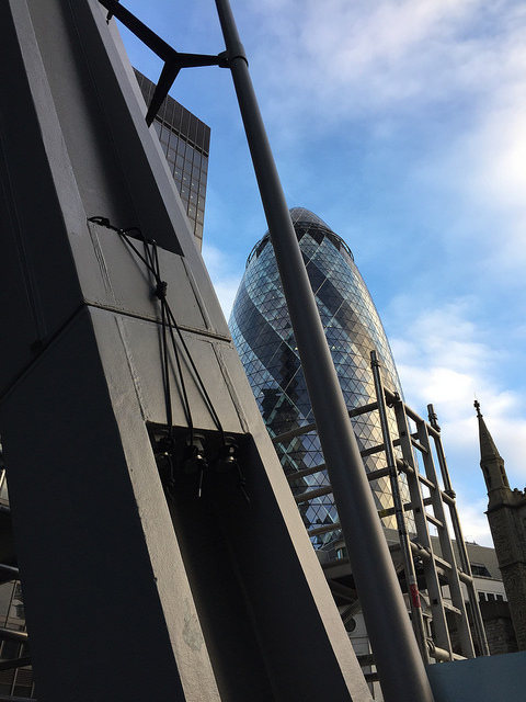 Bolts on the Cheesegrater. Photo by Londonist.