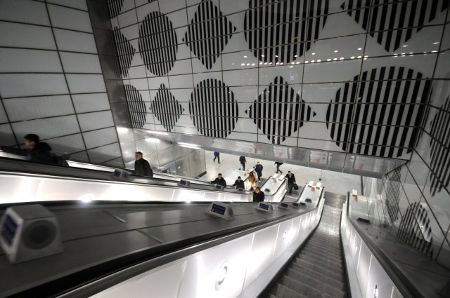 Long escalators!