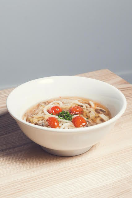 Mixed vegetable udon in thick gravy