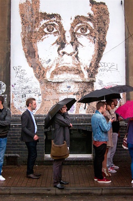 Braving the rain to queue for the last of the 2012 Free Range shows at the Truman Brewery. Photo: World of Tim