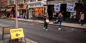 Police Evict 12 Bar Squatters