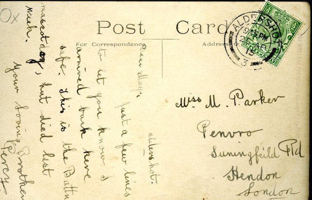 Reverse of the postcard showing a British messenger dog in France during the First World War, 19 May 1918.