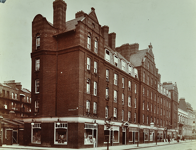 Looking west towards Shoreditch at the junction of Boundary Street and Calvert Avenue in 1901. As the name implies, Boundary Street had been frontier territory - a line some Victorians would fear to cross, with others downplaying the depravity of the old rookery. Image from London Metropolitan Archives, City of London.