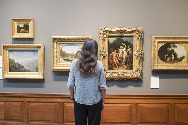 Will you be able to spot the replica painting among the genuine masterpieces? © Stuart Leech