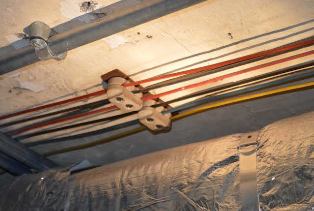 Original wiring. Photo: Sandra Lawrence.