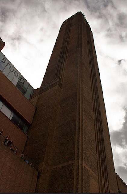 Tate Modern on Southbank. Photo: Richard Leeming (2008)