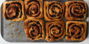 London Food History: Chelsea Buns