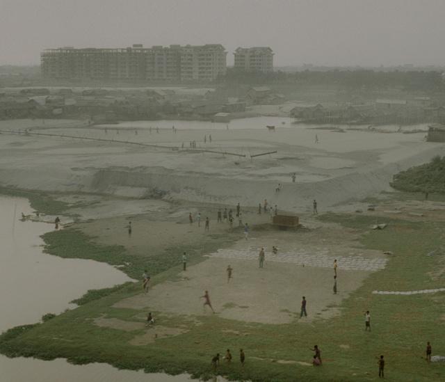 Syngenta Photography Award: Professional CommissionCaption: 05Photographer: Rasel  ChowdhuryEmail: raselchowdhury_bd@yahoo.comAddress: 16 Sukrabad, West Panthopath., Dhanmondi - 1207, Dhaka, 1207, BangladeshLocation: Dhaka Taken at: 2010-12-12Medium: filmSize: 6X7Additional information: