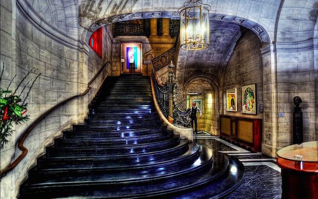 Spiral staircase at the British Academy. Photo: Anatoleya (2012)