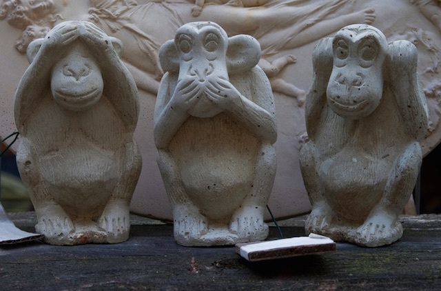 Three wise monkeys in Haggerston. Photo: Gary Etchell (2010)