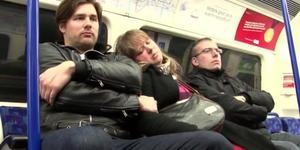 Video: Urban Legend Of The Corpse On The Tube