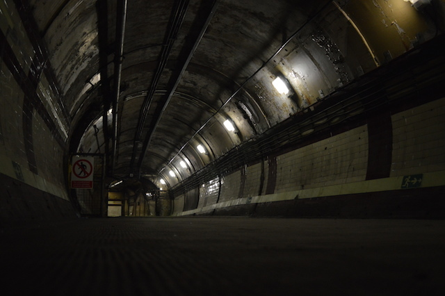 Rat's-eye view of the mid-level tunnel.