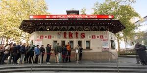 Video: Enjoy Theatre The Savvy Way With The TKTS Booth