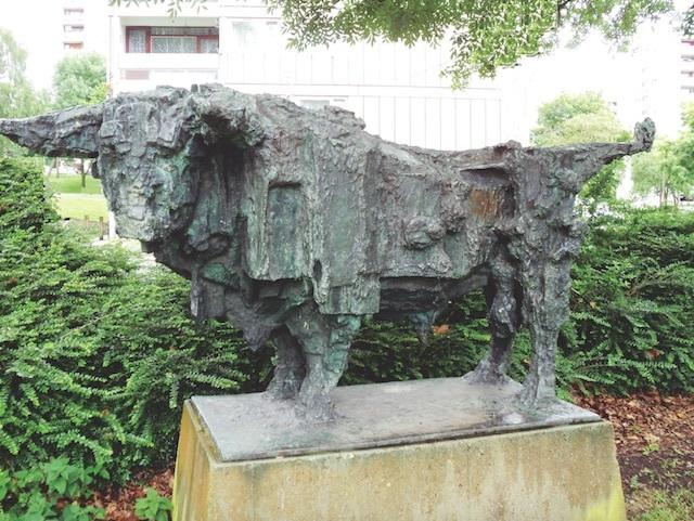 Roehampton Bull