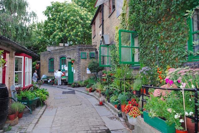 Hackney City Farm. Photo: Alice Widger (2010)