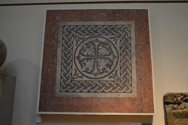 More mosaic action, with this geometric pattern from  the 3rd century AD. It was discovered in 1806 during the construction of the Bank of England's north-west corner. See it: Room 49, Roman London.
