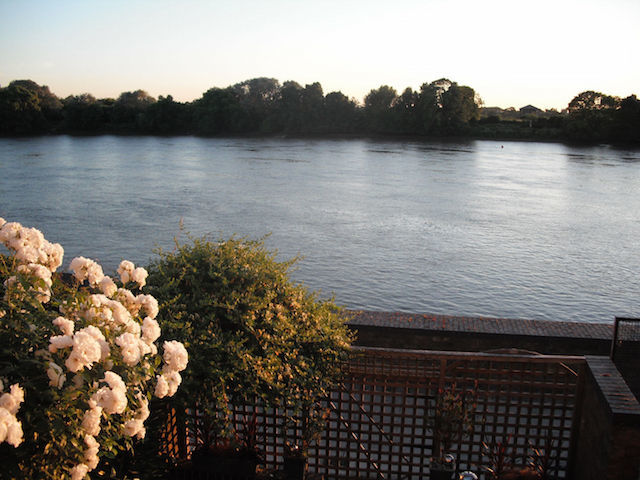 How's that for a view? River house in Hammersmith.