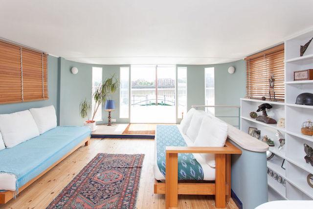 Chelsea houseboat