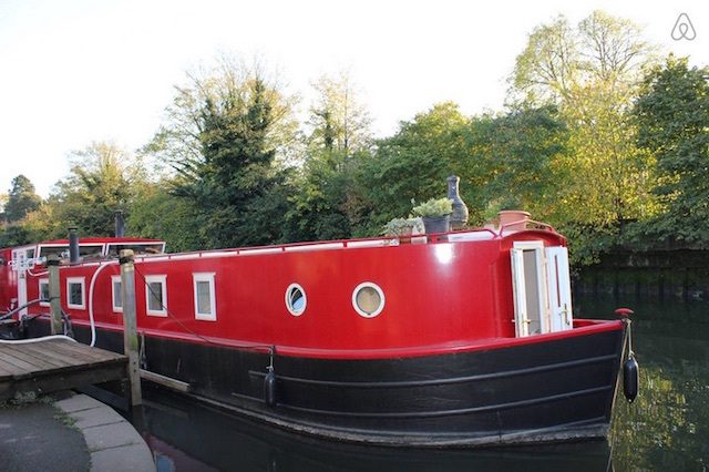 Snug canal boat cabin on the River Brent