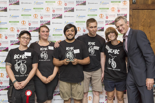 Host Jeremy Vine with Brixton Cycles, who won Best Small Retailer in 2014