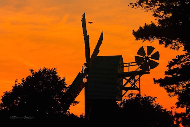 Wimbledon Windmill in silhouette. Photo: Martin Griffett (2009)