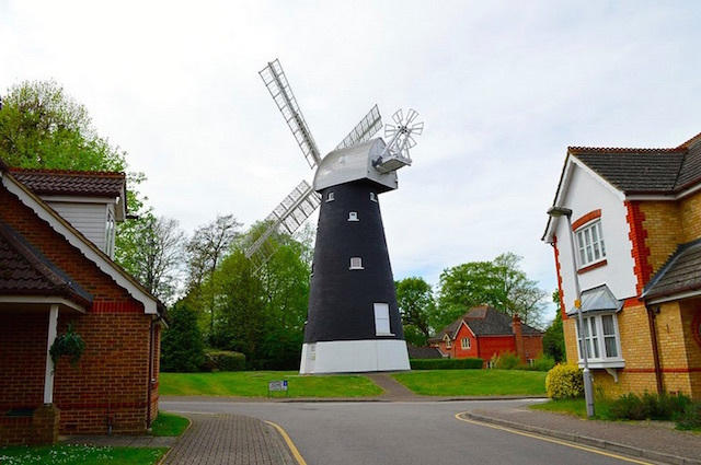 Shirley Windmill, Croydon. Photo: Matt (2015)