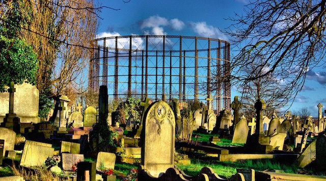Kensal Green Cemetery. Photo: Nick Richards (2014)