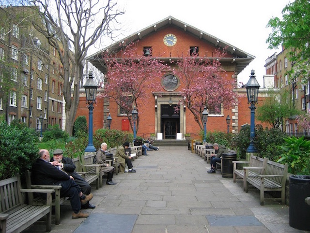 The garden of St Paul's Church (AKA The Actor's Church) in Covent Garden. Photo: Odddutch (2008)