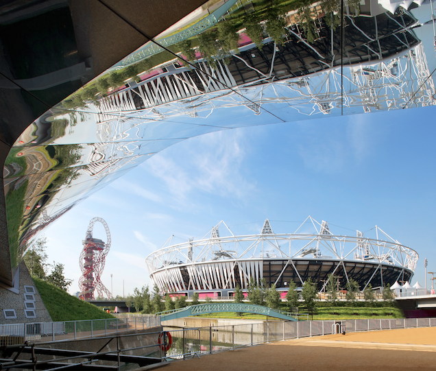 Central Park Footbridge, Queen Elizabeth Olympic Park © Hufton+Crow