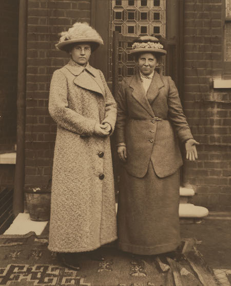Portrait of Christina and Winifred Broom, unknown photographer, c. 1915  © Museum of London
