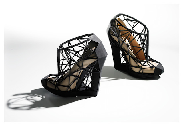 Andreia Chaves's Invisible Naked shoes fuse a study of optical illusion with 3D printing. Photo by Andrew Bradley. © Victoria and Albert Museum, London