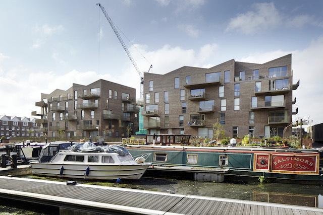 Brentford Lock West, TW8 (c) Jack Hobhouse