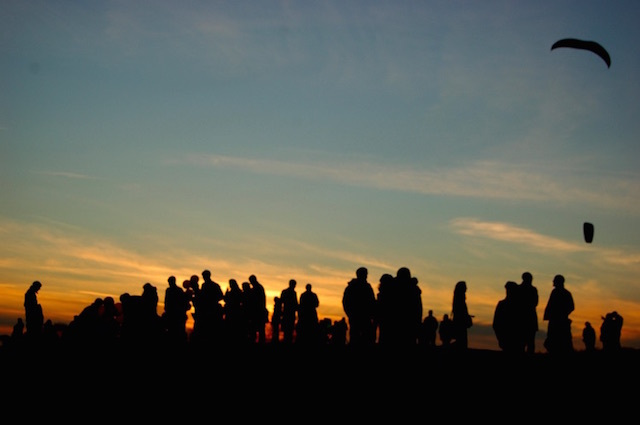People flying kites while waiting for the supermoon on Parliament Hill. Photo: Megan Trace (2011)