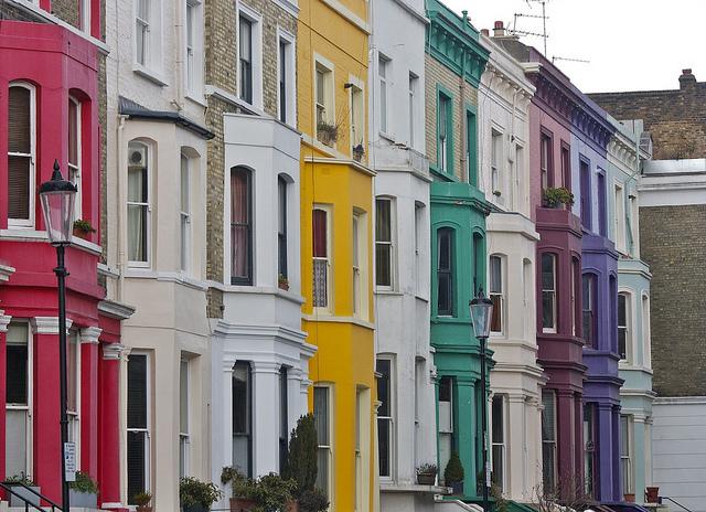 Rainbow houses in Notting Hill. Photo: Stephanie Sadler (2013)