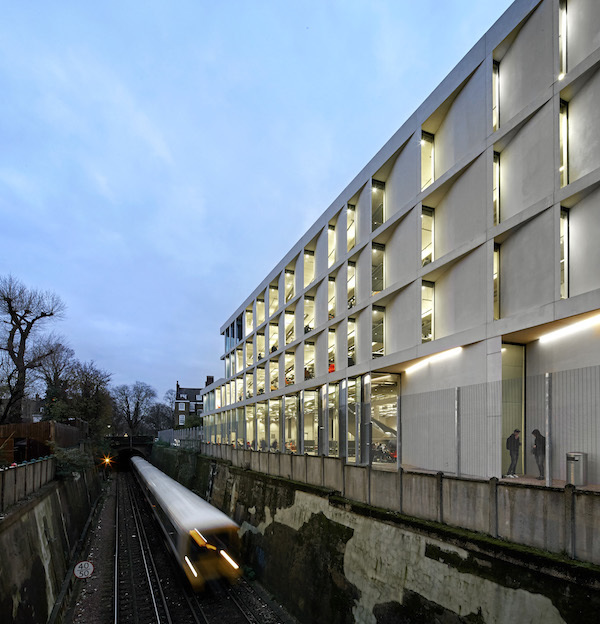 University of Greenwich, Stockwell Street Building (c) Hufton and Crow