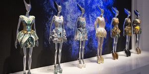 McQueen Exhibition Demand Prompts V&A To Stay Open Late