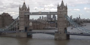 Tower Bridge Closed Due To Suspect Package