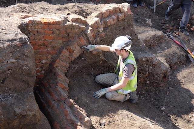 Excavation site, photo: Flo Laino (2015)