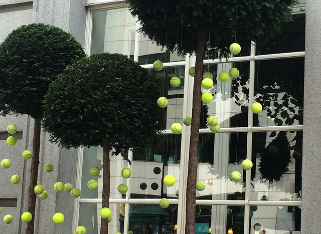 Tennis, anyone?  High Holborn, outside the Rosewood Hotel. Photo: JudyGr (2015)