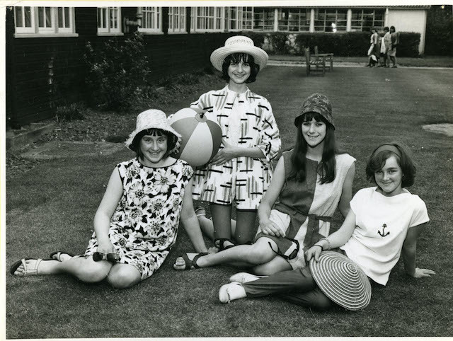 bexley_74_82_bexleyheath_secondary_girls_school-_dress_making_class-_c1960s.jpg