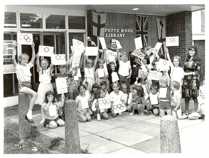 bromley_n6_0038_petts_wood_library_olympics_1984.jpg