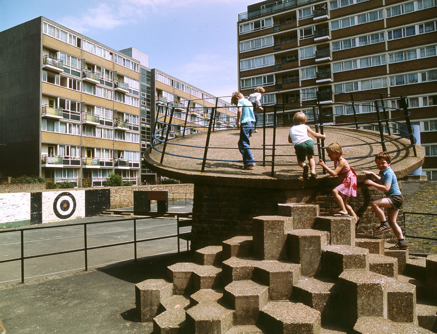 churchill_gardens_estate__archive_image_-credit_john_donat_-_riba_library_photographs_collection.jpg