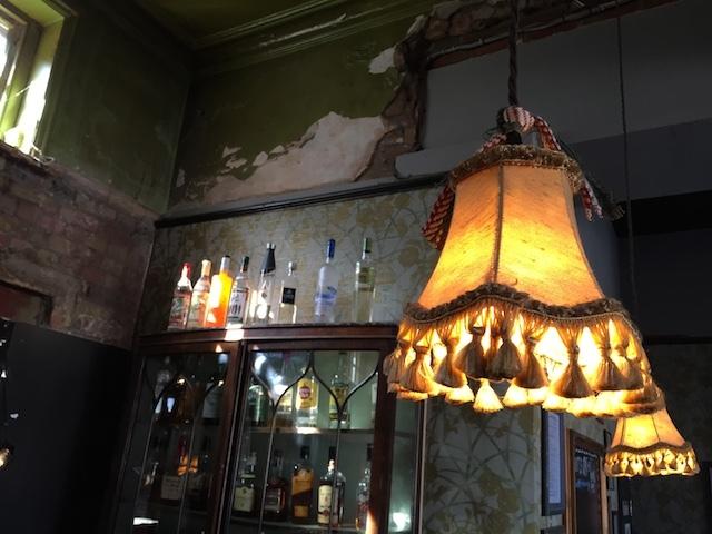 Chunky lampshade.