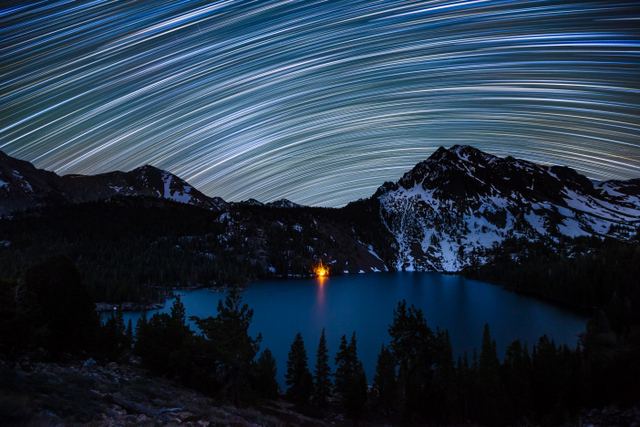 A good star trail photograph reminds us that stars aren't static in the night sky. ® Dan Barr