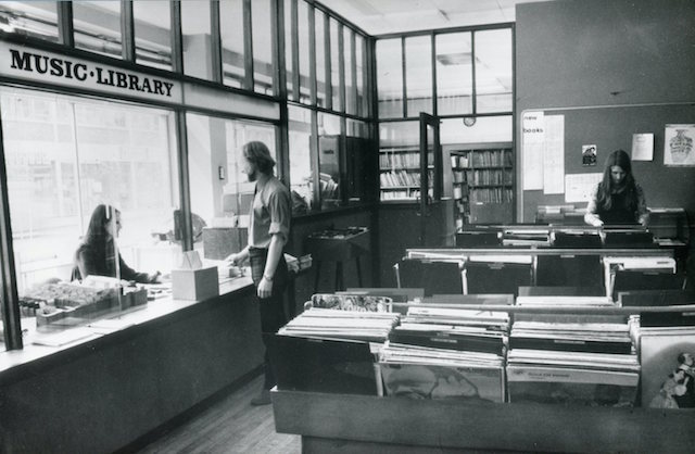 LB Tower Hamlets, music and gramophone record library at Mayfield House, 1973 (© London Borough of Tower Hamlets)